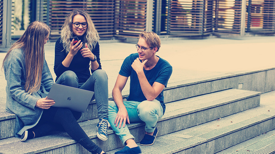 Déjate Sorprender por Mentores Millennials y Generación Z!